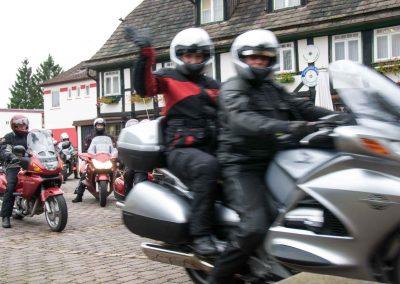Hotel-Hellers-Krug-Holzminden-Motorrad-0004